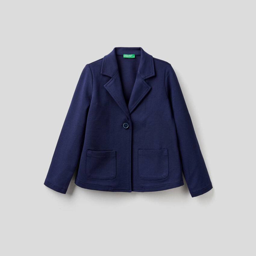 Jacket with frill on the back
