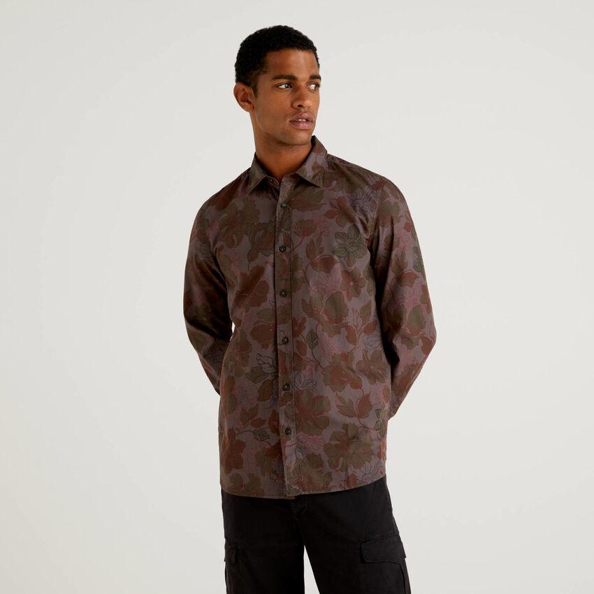 Floral patterned slim fit shirt