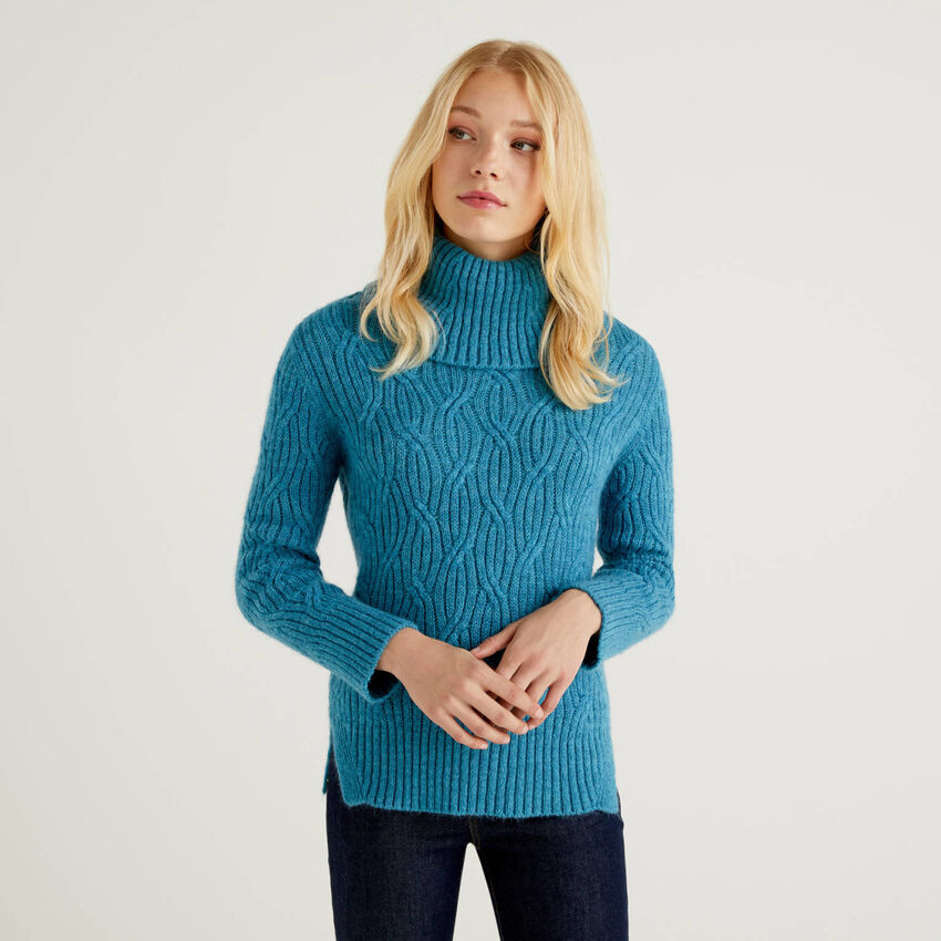 Turtleneck sweater with twisted ribbed knit