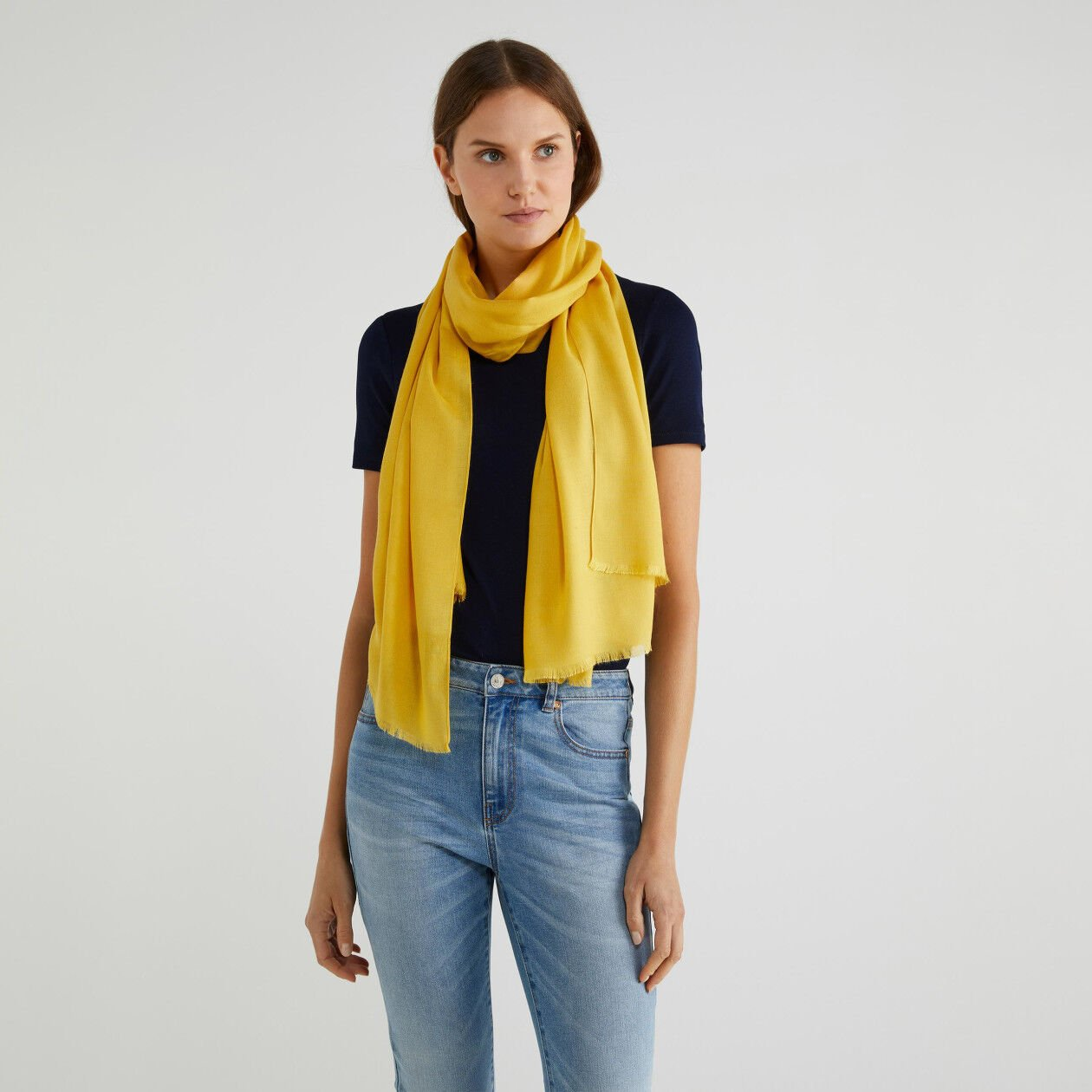 Viscose and wool scarf