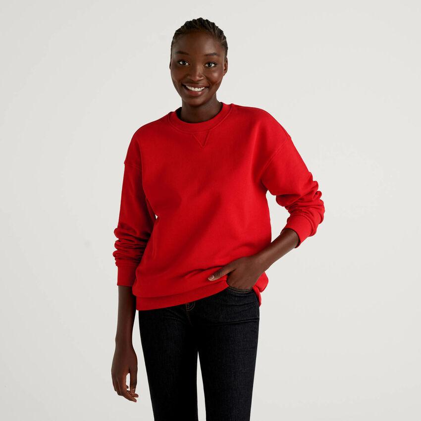 Red unisex sweatshirt