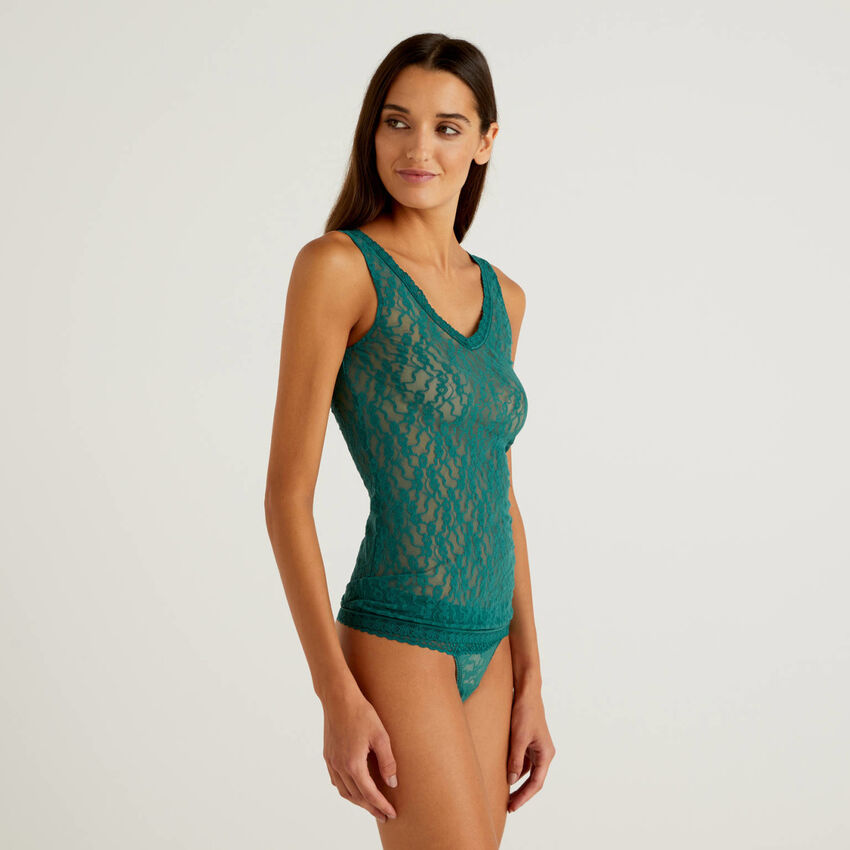 Tank top in sustainable stretch lace