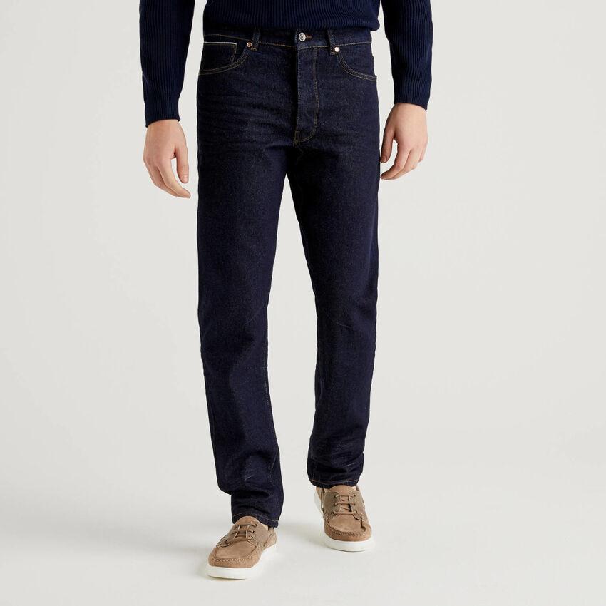 Five pocket jeans in 100% cotton denim
