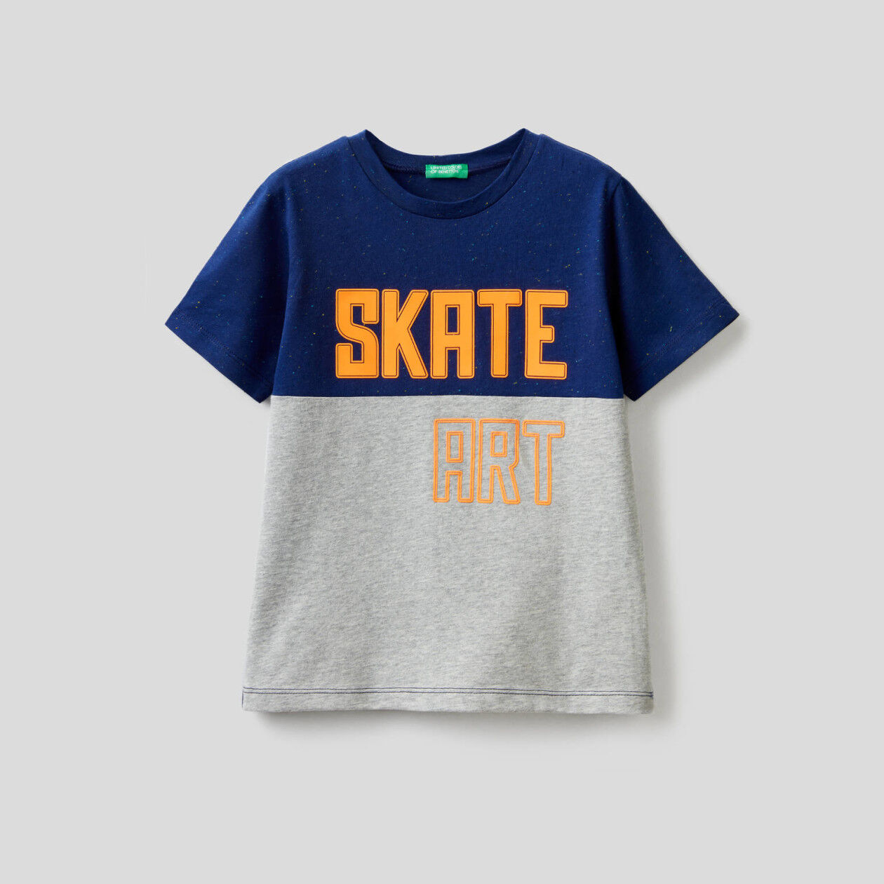 Two-tone t-shirt with print