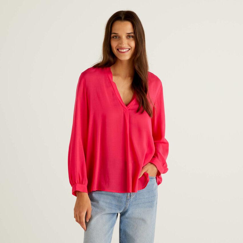 Lightweight viscose blend blouse
