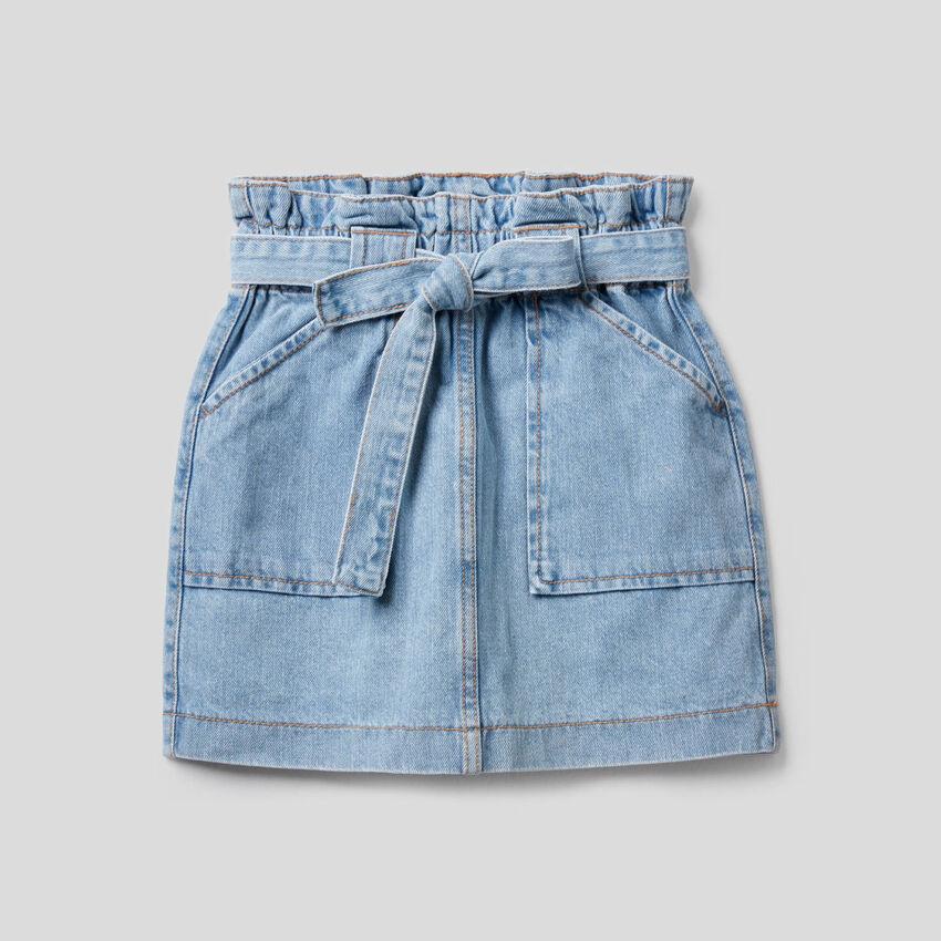High-waisted jean skirt