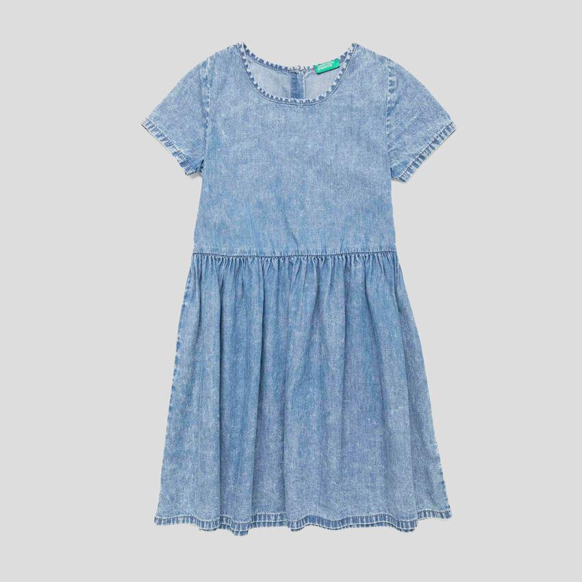 Dress with gathered skirt