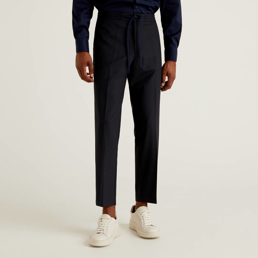 Trousers in fresh wool with drawstring