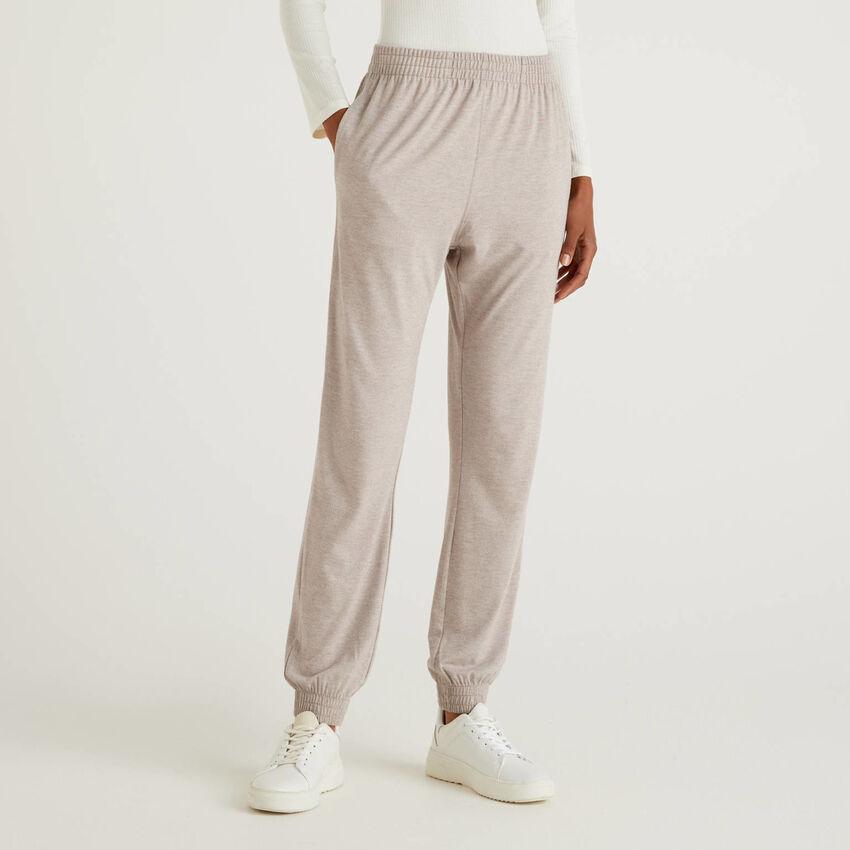 Flowy loungewear trousers