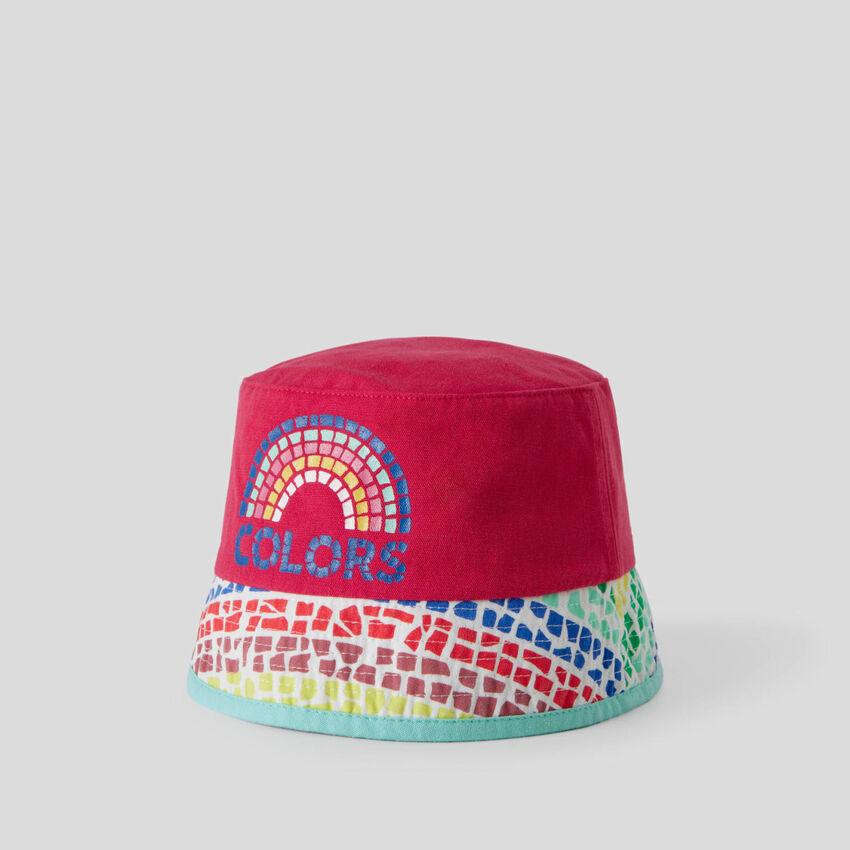 Multicolor fisherman style hat