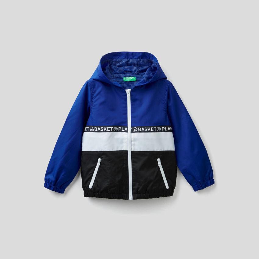 Light jacket with hood